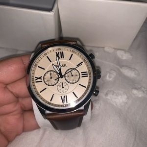 MENS FOSSIL WATCH W/ BROWN LEATHER BAND BRAND NEW!